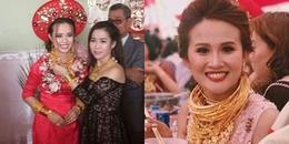 'Hoa mắt' trước cảnh cô dâu Hậu Giang đeo 129 cây vàng nặng trĩu trong ngày cưới