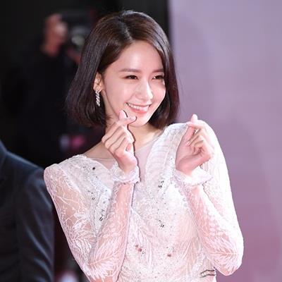 Không ngờ Phú Sát Hoàng hậu Tần Lam và Yoona còn có chung 1 thói quen đáng yêu này