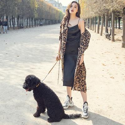 Hoa hậu Kỳ Duyên khoe street style cuốn hút trên đường phố Paris