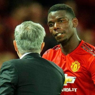TIẾT LỘ: Sự thật đằng sau quyết định cấm vĩnh viễn Pogba đeo băng thủ quân của Mourinho