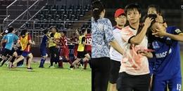 SỐC: Các cầu thủ nữ lao vào 'hỗn chiến' trên sân Thống Nhất trong khuôn khổ giải VĐQG 2018