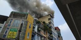 Hà Nội: Lại thêm ngôi nhà 7 tầng bốc cháy dữ dội do đốt vàng mã cúng đầu tháng