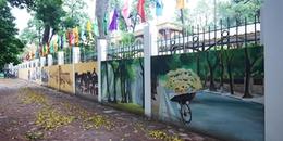 Ngây ngất vẻ đẹp của bức tường bích họa trước cổng trường THPT Phan Đình Phùng trong ngày cuối thu