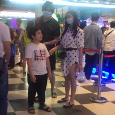 Tim - Trương Quỳnh Anh ngụy trang xuất hiện cùng con trai sau tuyên bố ly hôn