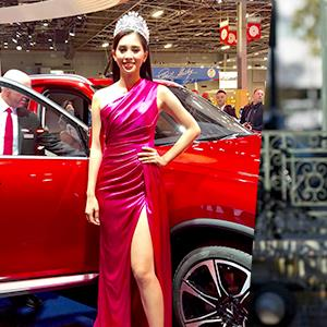 Fashion Police: Hoa hậu Trần Tiểu Vy rạng rỡ, Á hậu Nguyễn Thị Loan biểu cảm cứng đờ