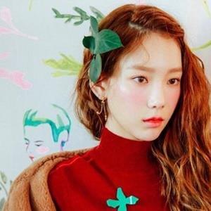 Idol Kpop bị chính fan chê bai ngoại hình: Người tổn thương đến mức bỏ ăn, người đáp trả cực ngầu