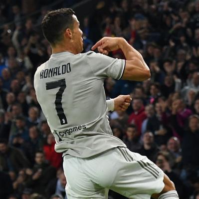 Serie A 2018/19 sau vòng 8: Ronaldo ghi bàn trút áp lực, Juventus đi vào lịch sử