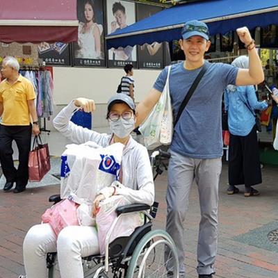 """yan.vn - tin sao, ngôi sao - Con gái đạo diễn """"Những ngọn nến trong đêm"""" tái phát bệnh ung thư máu khiến nhiều người xót xa"""