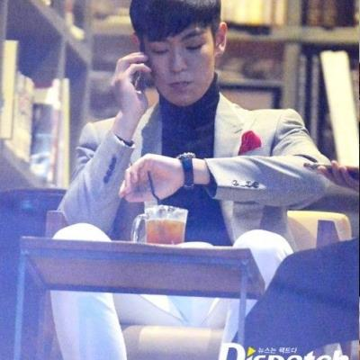 Lộ bằng chứng T.O.P (BIGBANG) nhập ngũ không nghiêm túc, bỏ bê nhiệm vụ trong giờ hành chính?