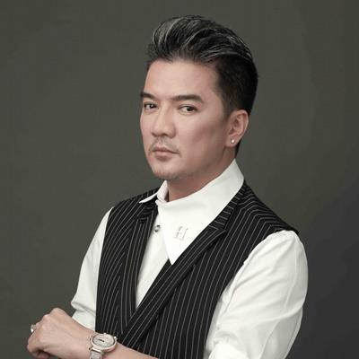 """yan.vn - tin sao, ngôi sao - Phản ứng của Đàm Vĩnh Hưng khi bị chỉ trích là """"con vẹt thiếu văn hóa""""?"""
