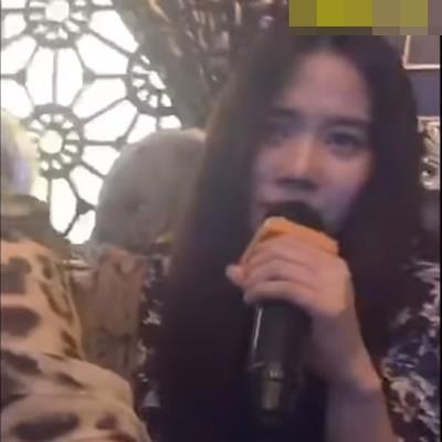 Nam Em đi hát karaoke giải sầu với Quế Vân sau đám cưới của Trường Giang - Nhã Phương