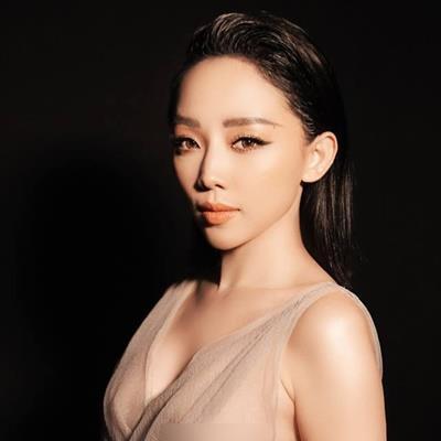 yan.vn - tin sao, ngôi sao - Tóc Tiên tức giận về nghi án đính hôn: 'Tin đồn có thể đẩy nhân vật chính tới bước đường cùng'