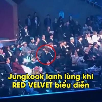 Những lần idol Kpop tỏ rõ thái độ coi thường đồng nghiệp: Đến cả Jungkook cũng không thoát