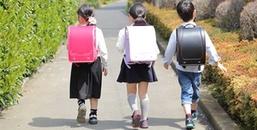 Mẹo Mua Sắm: Lợi ích khi cho trẻ sử dụng ba lô chống gù