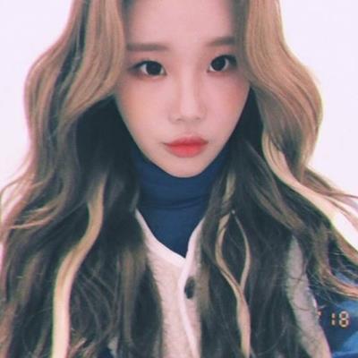 Đổi kiểu tóc mới, JooE được netizen khen ngợi hết lời, gọi là visual mới của MOMOLAND