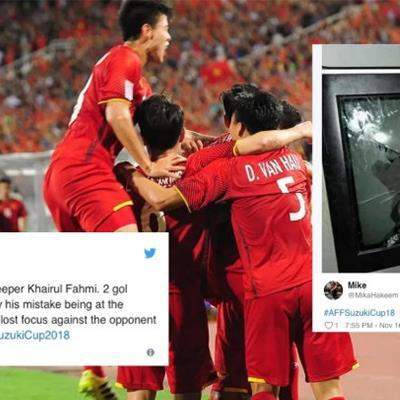 CĐV Malaysia đau đớn sau thất bại 0-2 trước đội tuyển Việt Nam