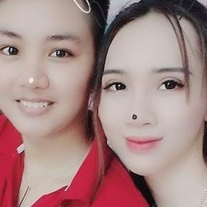 """""""Người đàn ông"""" đầu tiên ở Việt Nam sinh con lên báo nước ngoài"""