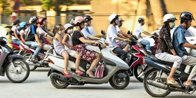 Quy định mới: Xe gắn máy đi trên đường bộ tốc độ không được quá 40km/h