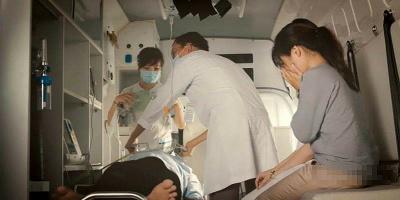 """Tâm sự mẹ gửi con trai về bệnh nhân mất đi đôi mắt chỉ vì """"quá chén"""""""