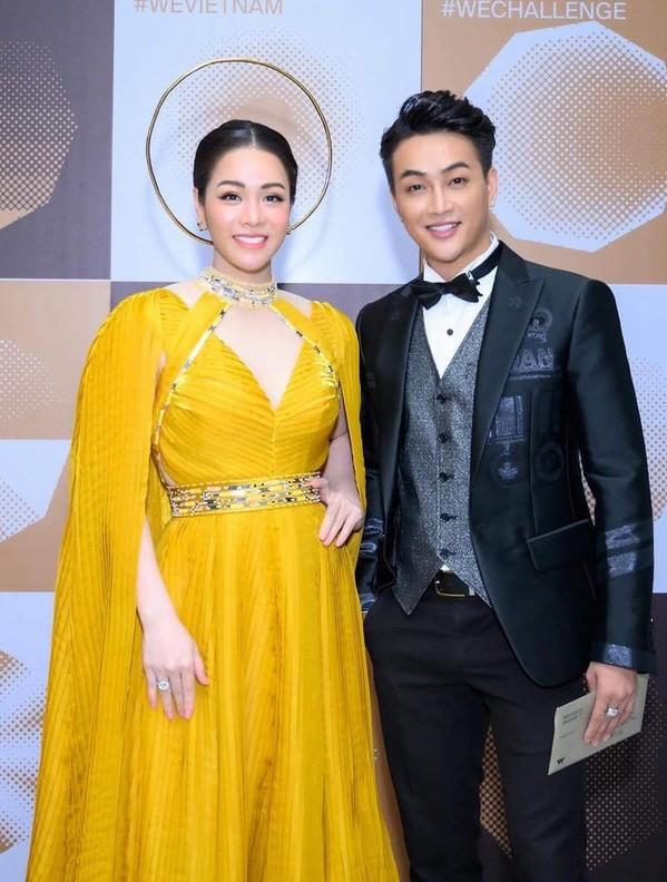 Nhật Kim Anh - TiTi (HKT) đồng hành cùng nhau trong rất nhiều sự kiện (Ảnh: FBNV) - Tin sao Viet - Tin tuc sao Viet - Scandal sao Viet - Tin tuc cua Sao - Tin cua Sao