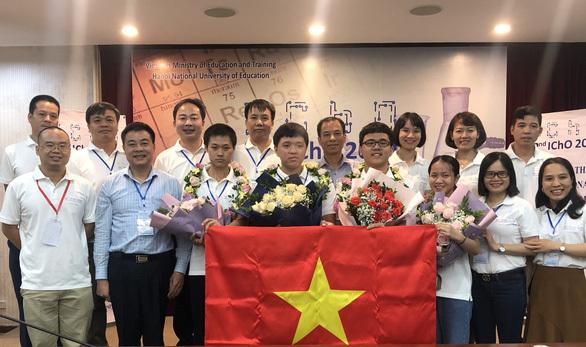 Giành 4 HCV Olympic Hóa học quốc tế 2020, Việt Nam xếp thứ hai sau Mỹ - Ảnh 1.