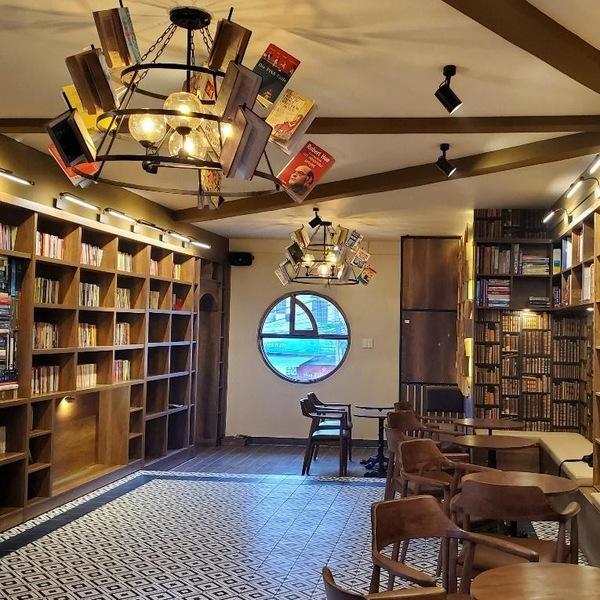Thư viện Hòa Bình – Không gian sách độc đáo giữa lòng Đà Lạt