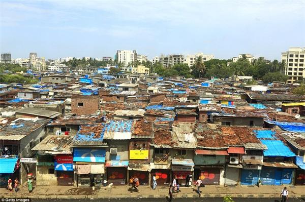 Mumbai là một trong những thành phố có tỷ lệ chênh lệch giàu nghèo lớn nhất thế giới.
