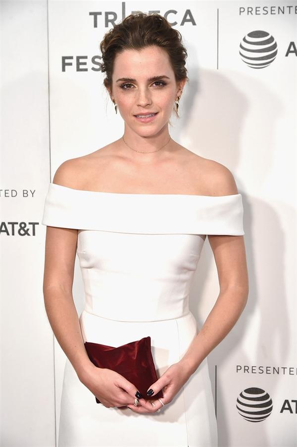Emma Watsonlộ vẻ xuống sắc tại LHPTribeca.