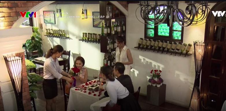 Nhân dịp sinh nhật Vân, Sơn đã tổ chức một bữa tiệc vô cùng lãng mạn và ấm cùng dành tặng cô.