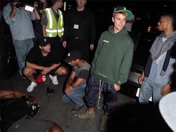 Thực hư việc Justin Bieber lái xe tông thẳng vào phóng viên săn ảnh rồi bỏ chạy