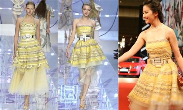"""Cũng trong năm 2008, """"thần tiên tỷ tỷ"""" bị phát hiện diện váy vay mượn ý tưởng từ các thiết kế củaFendi. Bộ """"cánh""""của côchỉ biến tấu một vài chi tiết ở phần ngực, eo và chân váy so với bản gốc."""