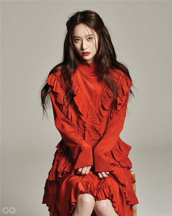 Quả không sai khi nói rằng Krystal thực sựmang vẻ đẹpđẳng cấp như một nữ thần.