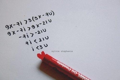 """Đây hẳn là phương trình nổi tiếng nhấtvới lời giải cuối cùng là """"I <3 u""""="""""""" (i="""""""" love=""""""""><!--3-->"""