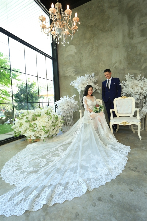 Sau 2 năm, cựu thành viên nhóm 1088 khoe ảnh cưới