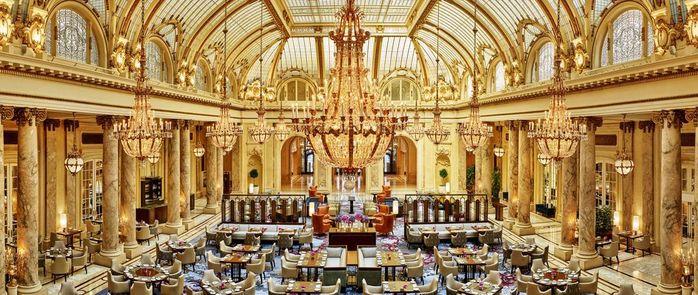 Nơi đây được biết đến là khách sạn xa hoa bậc nhất.