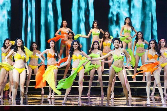 Đêm Bán kết Hoa hậu Hoàn vũ Việt Nam 2017 diễn ra giữa lúc người dân Nha Trang đang chống chọi với cơn bão số 12. - Tin sao Viet - Tin tuc sao Viet - Scandal sao Viet - Tin tuc cua Sao - Tin cua Sao