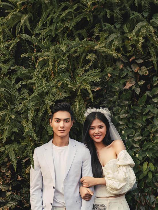 Theo đó, đám cưới của cả hai sẽ được diễn ra vào ngày 10/1/2018 tại TP.HCM. - Tin sao Viet - Tin tuc sao Viet - Scandal sao Viet - Tin tuc cua Sao - Tin cua Sao