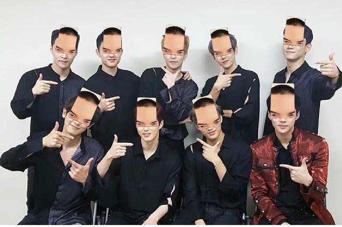 Hình ảnh các chàng trai EXO được ghép với quả đầu của D.O vô cùng hài hước.