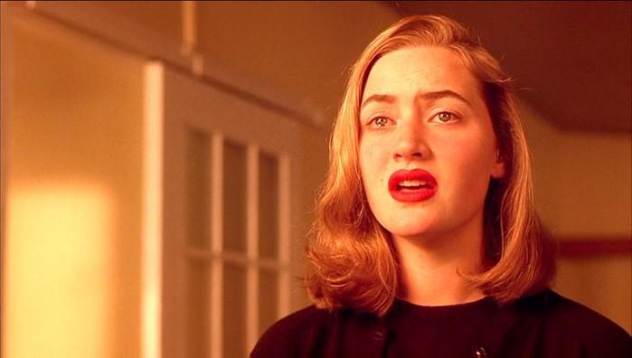 Trước khi nổi tiếng khắp thế giới với vai diễn trong Titanic (1997), Kate Winslet từng tham gia một vài bộ phim đáng chú ý, chẳng hạn Heavenly Creatures (1994).