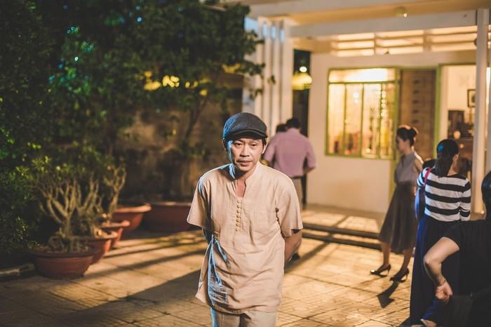 Nghệ sĩ Hoài Linhcho biết mình chưa bao giờ buồn vì sự nghiệp diễn xuất đã theo đuổi từ nhiều năm nay vì đã luôn sống trọn với đam mê của mình. - Tin sao Viet - Tin tuc sao Viet - Scandal sao Viet - Tin tuc cua Sao - Tin cua Sao