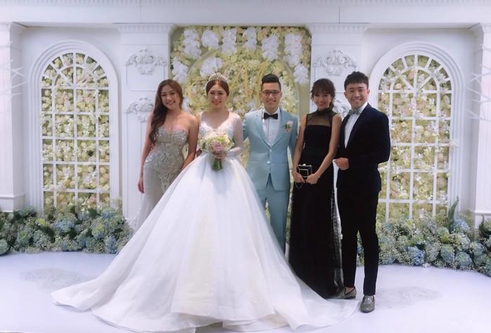 Dàn mỹ nhân Việt dự đám cưới người thân: Người xinh đẹp lấn át cô dâu, người giản dị không ngờ - Tin sao Viet - Tin tuc sao Viet - Scandal sao Viet - Tin tuc cua Sao - Tin cua Sao