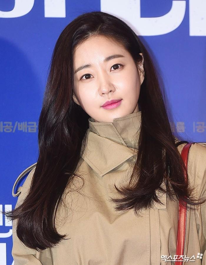 """Cả nửa làng giải trí xứ Hàn """"đổ bộ"""" tại sự kiện của Lee Byung Hun"""