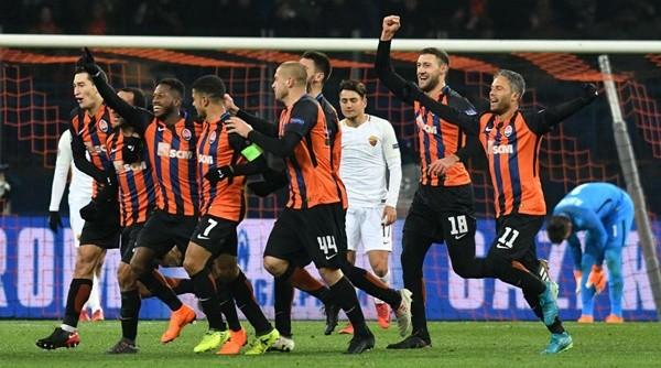 Shakhtar Donetsklội ngược dòng thành công và chứng tỏ họ luôn là đội bóng rất khó chịu ở đấu trường C1 Châu Âu.