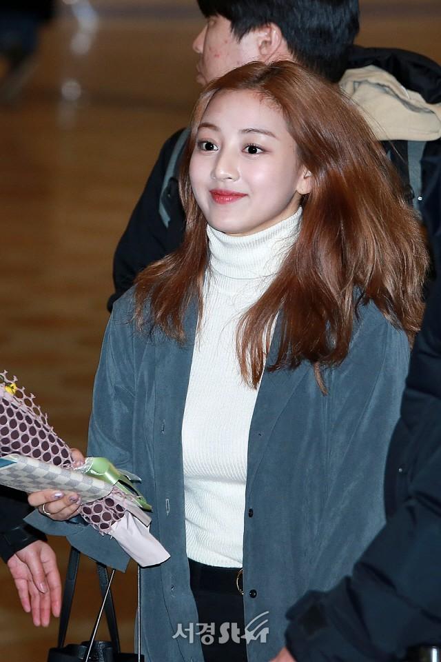 """Nhan sắc của Ji Hyo cũng """"lên đời"""" thấy rõ. Trước đây ai dám chê cô nàng """"xấu nhất nhóm"""" thì phải coi chừng."""