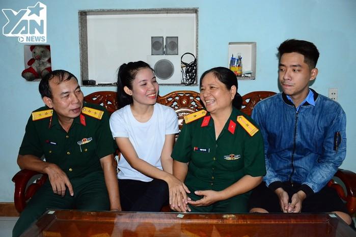 Bốmẹ Phương Thảo vô cùng hãnh diện vì cô con gái nhỏ của mình.