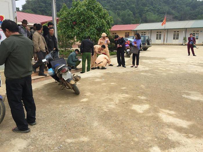 Nơi xảy ra tai nạn chèn xe khiến một em học sinh tử vong.