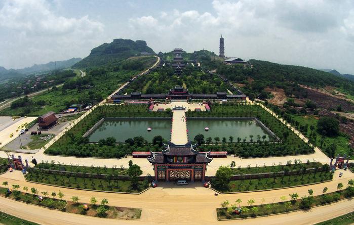 Ngôi chùa đã xác lập nhiều kỉ lục về giá trị tâm linh ởkhu vực Đông Nam Á và châu lục