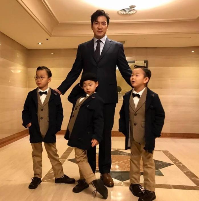 Ngỡ ngàng trước sự trưởng thành của bộ ba Daehan, Minguk, Manse qua những bức ảnh siêu ngầu