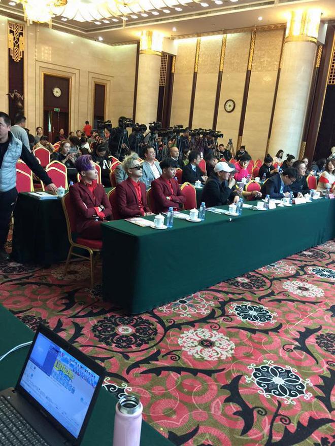 Không quá nổi tiếng ở Việt Nam nhưng sang Trung Quốc thì HKT được chào đón nồng hậu.