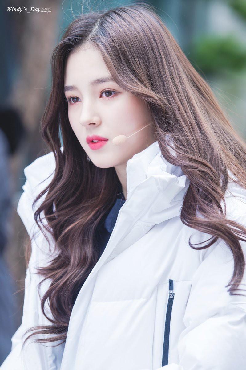"""Nancy được mệnh danh là """"nữ thần"""" thế hệ mới của âm nhạc Hàn Quốc."""